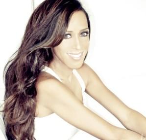 La cantante, actriz y compositora venezolana Marger se presenta en el CCEMiami el Jueves 23 de mayo