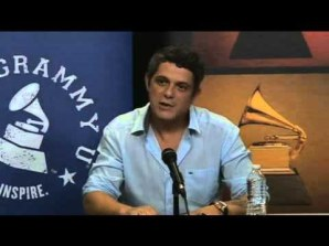 Last Thursday, Negocios Magazine was invited to cover an event hosted by The Recording Academy, with Grammy and Latin Grammy winning recording artist Alejandro Sanz, at the American Airlines Arena in the city of Miami.