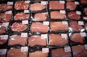 Desde que entró en vigencia el acuerdo comercial Colombia, ha importado unas 5 mil 313 toneladas del lácteo en polvo y 241 toneladas de carne a EE.UU.