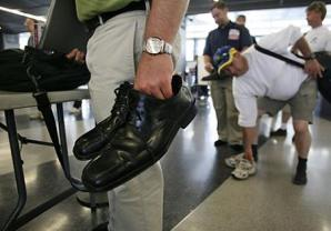 El programa que ahorra tiempo a los pasajeros se extendió para incluir a viajeros elegibles internacionales.