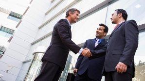 El salario de un alto ejecutivo, incluyendo las opciones sobre acciones recibidas en parte de pago, subió a $14.1 millones en el 2012.