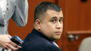 """El jurado va a escuchar al acusado George Zimmerman ser referido como """"vigilante"""" y """"autodenominado policía""""."""