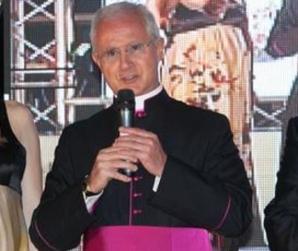 Monseñor Nunzio Scarano  está acusado de corrupción y calumnia y se encuentra detenido en una prisión de Roma.