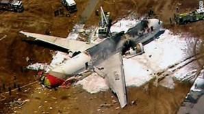 Viajaban 290 pasajeros provenientes de Seúl y por el momento no se confirmó la cantidad de heridos, sin embargo, extraoficialmente, se estima que habría más de 50 heridos. No se confirmaron víctimas fatales.