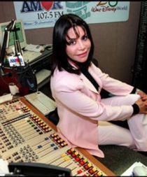 """Javier Romero agradeció a los oyentes el estar atento a la salud de la locutora y afirmó que lamentablemente """"Betty Pino sigue muy delicada de salud""""."""