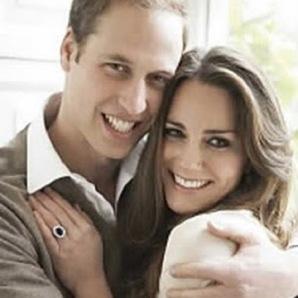 El hijo de Kate y el príncipe William, cuarto bisnieto de la reina Isabel y primer nieto del príncipe Carlos es un varón, pero aún no tiene nombre.