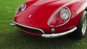 El Ferrari rojo era uno de los únicos 10 que fueron construidos.