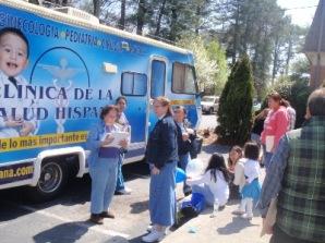 Hay datos alarmantes acerca de la salud y los hispanos, ya que a nivel nacional 1 de cada 3 hispanos no tiene seguro médico.