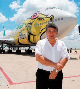 En diciembre de 2011, Roca presentó una demanda en la Corte del Distrito de los Estados Unidos, Distrito Sur de la Florida, en contra del Estado de Bolivia, el Vice Presidente Álvaro García Linera