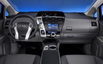 Prius_Toyota_Octubre_6_2013_Foto_11