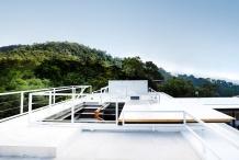 sky-roof-lounge