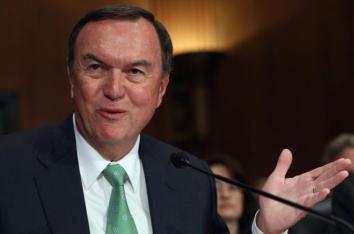 # 10 El director ejecutivo de Wal-Mart, Michael Duke. (Photo by Win McNamee/Getty Images)