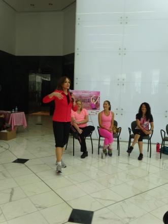 """Cecilia Ramírez Harris, presentadora de """"Vida Sana con Cecilia"""" en Primer Impacto (Univision)"""