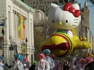 ENTERTAINMENT) The big balloons soared - and so did the crowd's spirits - as the annual Macy's Thanksgiving Day Parade made its way through the streets of New York City. (Nov. 28)