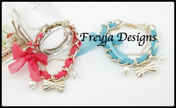 Price $ 25.00 Product Fashion Bracelets Specification 18.5CM 28.5G Color PinkOrangeBlueBlackRedWhite Material Metal Imitation pearls