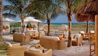 Ritz_Carlton-Key-Biscayne-Beach-Lounge