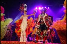 La reina del Carnaval de Barrranquilla 2014, Maria Margarita Diazgranados, y el rey momo Álvaro Bustillo.