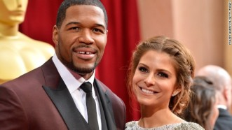 -oscars-red-carpet---michael-strahan-and-maria-menounos-horizontal-gallery