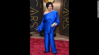 oscars-red-carpet---liza-minnelli-horizontal-gallery