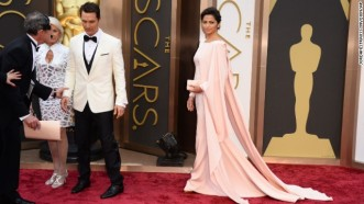 -oscars-red-carpet---matthew-mcconaughey-and-camila-alves-horizontal-gallery